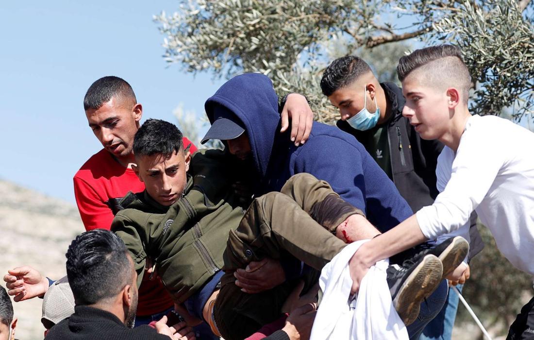 اصابات في مواجهات بالضفة الغربية.jpg