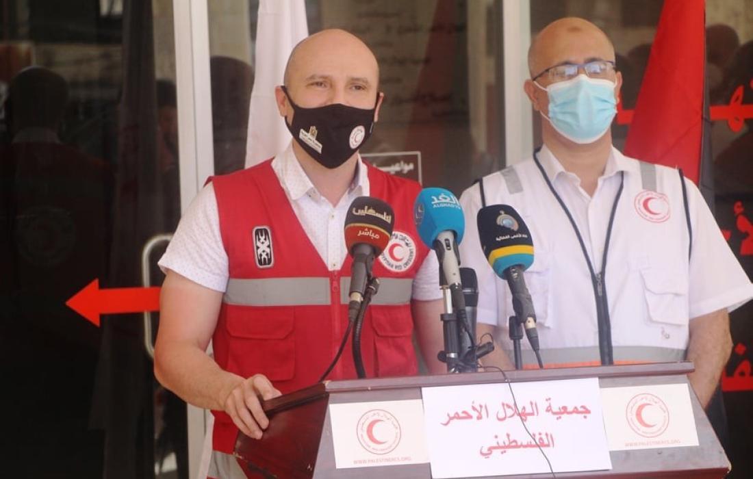 الهلال الأحمر المصري والفلسطيني يطالبان بتوحيد الجهود لإغاثة سكان غزة