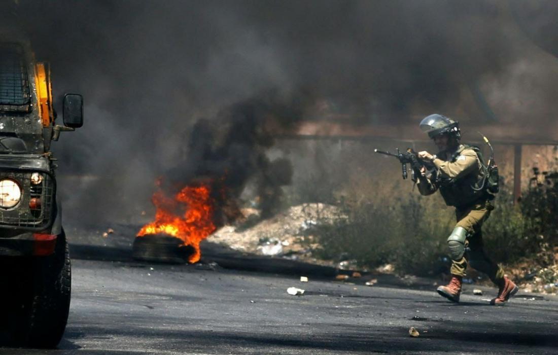 مواجهاتاعتقالات ومواجهات عنيفة تجري بين شبان قوات الاحتلال في الضفة والقدس المحتلتين