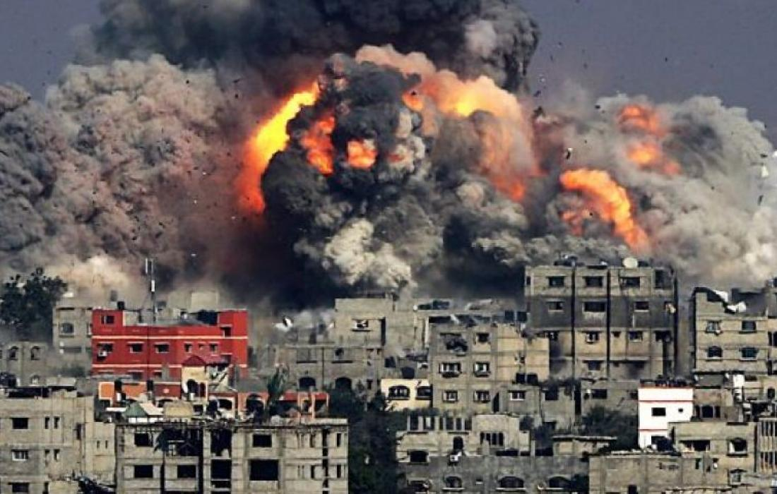 """منظمة دولية: الغارات """"الإسرائيلية"""" على أبراج غزة ترقى إلى جرائم حرب"""