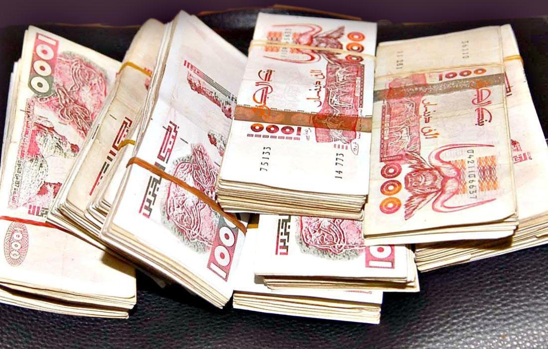 سعر الدولار في الجزائر اليوم الخميس 2 سبتمبر 2021
