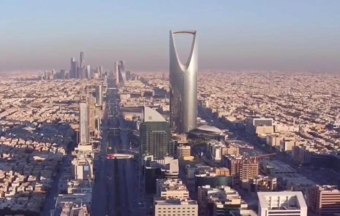 السعودية تغلق 17 مسجدًا بسبب فيروس كورونا