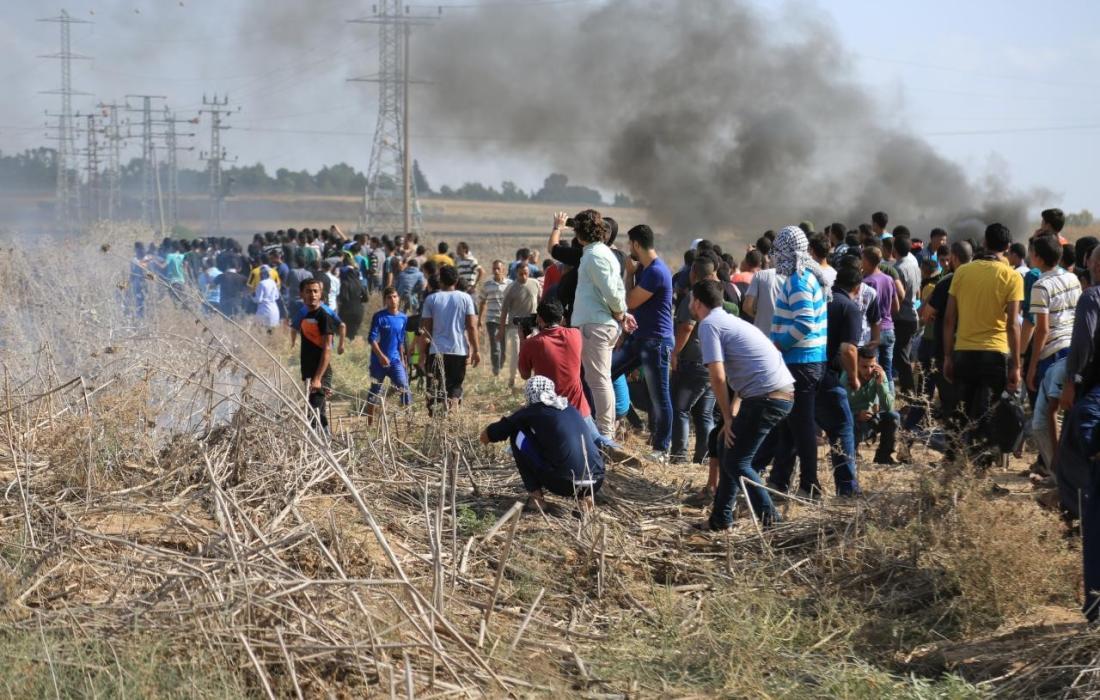 متظاهرون على الحدود