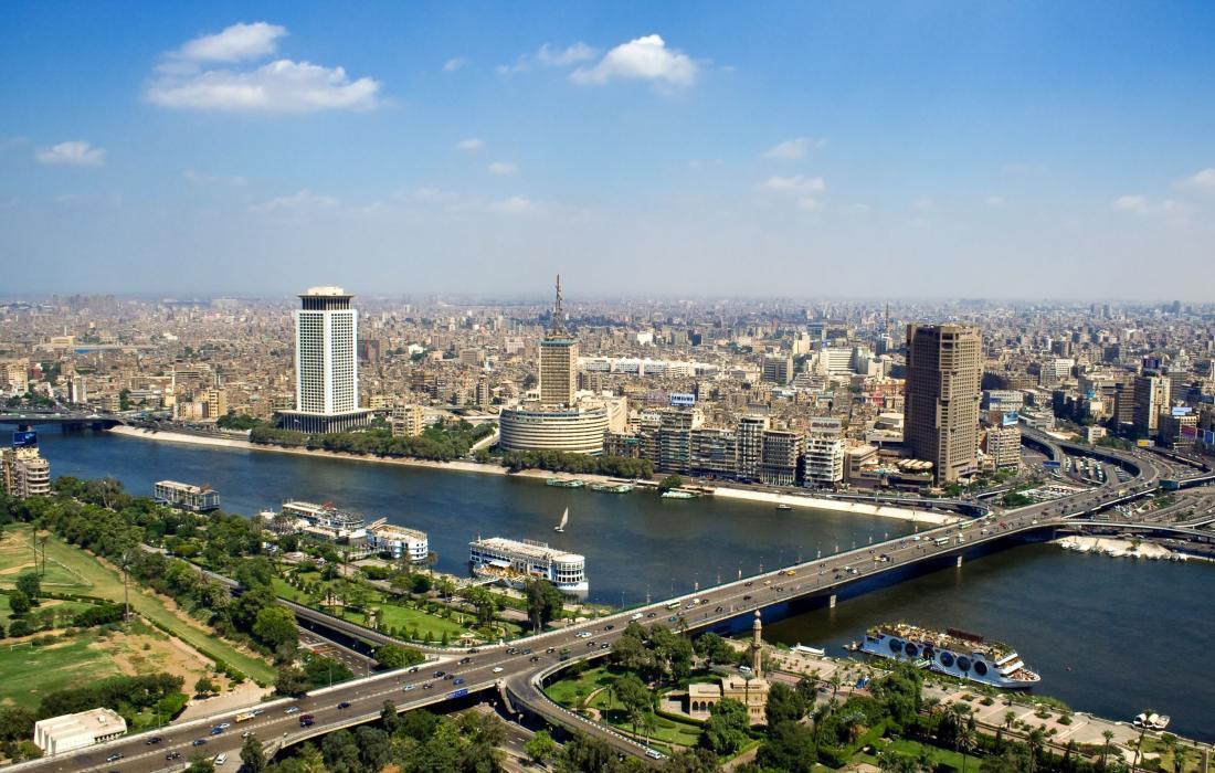وزير الخارجية القطري يصل مصر في زيارة تستغرق يومين