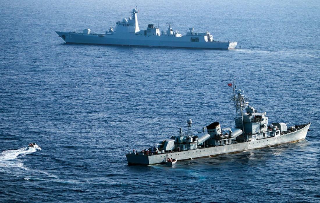 بارجة حربية في البحر المتوسط