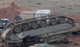 """انقلاب شاحنة """"إسرائيلية"""" قرب الحدود اللبنانية مع فلسطين المحتلة"""