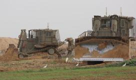 توغل إسرائيلي قرب السياج الفاصل  (2).jpeg