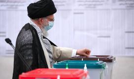 السيد خامنئي: الانتخابات الرئاسية اثبتت ان الشعب الإيراني هو المدير الرئيسي للساحة
