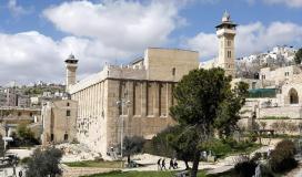 الاحتلال تقدم شرطًا لتسليم مفاتيح المسجد الابراهيمي لابتزاز الفلسطينيين