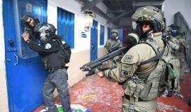 """فروانة يؤكد: اقتحامات قوات الاحتلال للسجون  والاعتداء على الاسرى باتت """"ظاهرة خطيرة"""""""
