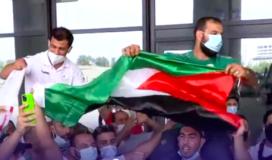 استقبال شعبي للاعب الجزائري نورين لانسحابه من طوكيو 2020.png