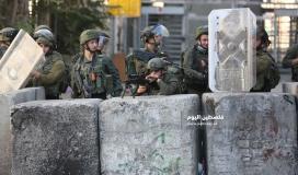 مواجهات بين الشبان وجنود الاحتلال في باب الزاوية وسط الخليل (7)