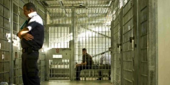 أسيران فلسطينيان من الضفة يدخلان أعوامًا جديدة في سجون الاحتلال